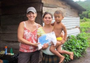 Giving Birth Kits way up in the mountains of Nicaragua